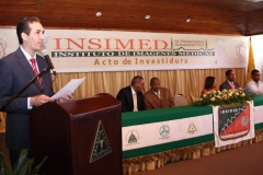 El Dr. Fauzi Bachá Arbaje, director del INSIMED, en su discurso con motivo del acto de investidura.
