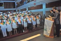 Momento en el cual los estudiantes pronunciaban el juramento 2016