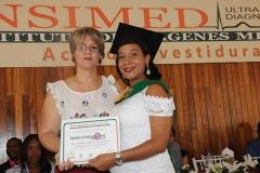 Sra. Violeta Melo - Dra. Jenniffer Indhira Castro