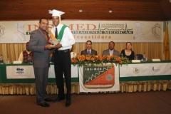 15 estudiante recibe reconocimiento del insimed 2013